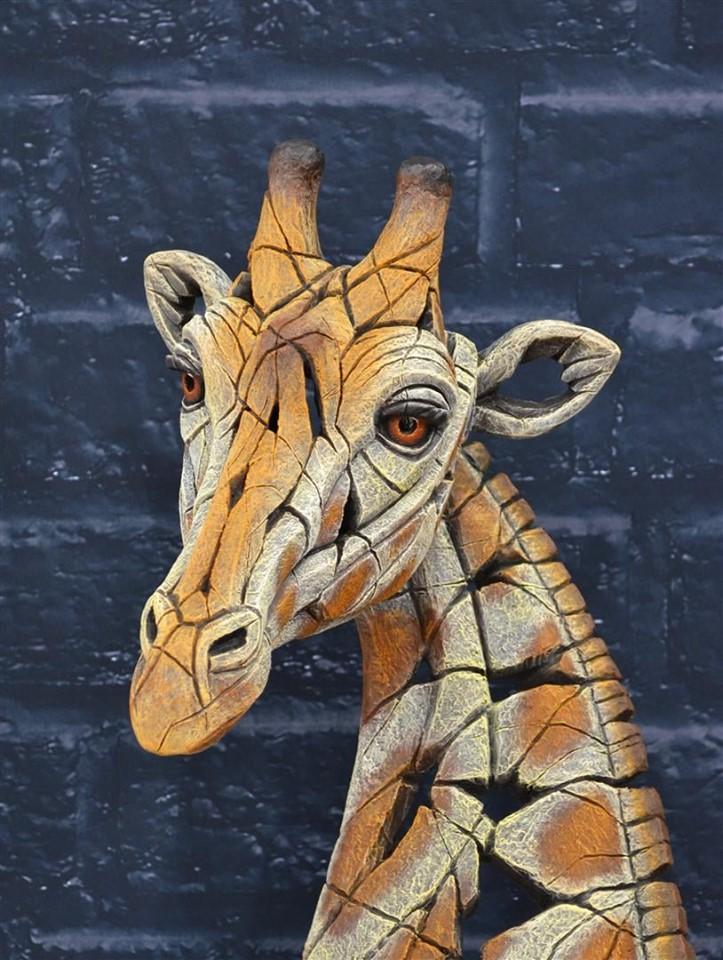 Matt_Buckley_Edge_Sculpture_Giraffe